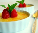 creme brulee with raspberries 3bresized